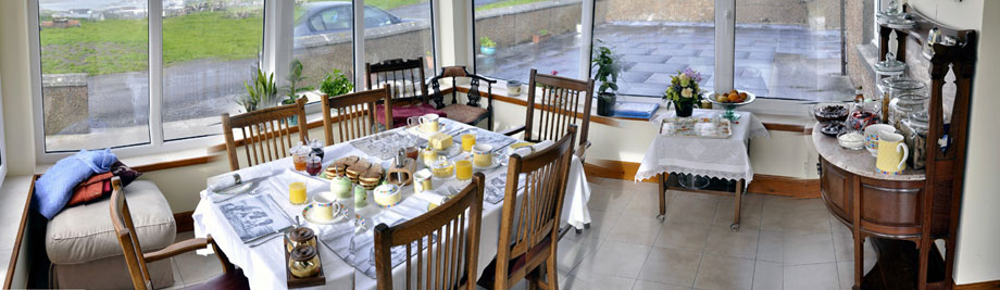 enjoy luxurious facilities, seclusion and home baking, a 10 minute stroll from Stromness town centre